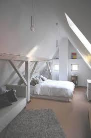 Schlafzimmer Im Dachgeschoss Einrichten Schlafzimmer Ideen Dachboden U2013 Bigschool Info