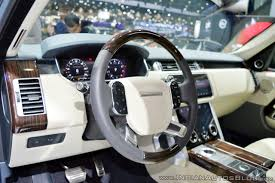 range rover steering wheel 2018 range rover at dubai motor show 2017 steering wheel indian