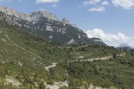 Pyrenees Mountains Map Walking In The Pyrenees Spanish Walking Holidays Pura Aventura