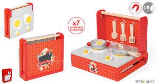 cuisine en bois jouet janod cuisine pliable the cocotte jouet en bois janod janod