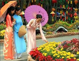 Decorations For Vietnamese New Year by 148 Best Celebrating Tet Images On Pinterest Vietnam Ao Dai And