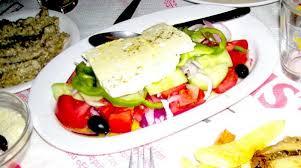 cuisine grecque traditionnelle grecque recette de la horiatiki salata