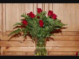 How Much Does A Dozen Roses Cost How To Make A Flower Arrangement With A Dozen Red Roses Youtube