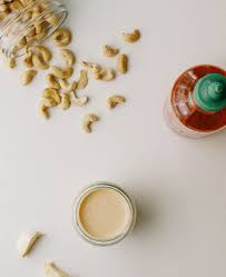 vegan sriracha mayo sriracha cashew cream sauce the simple veganista
