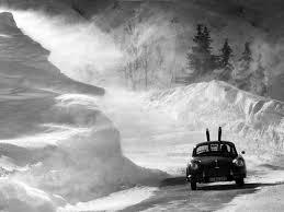 porsche snow driving a porsche in the snow