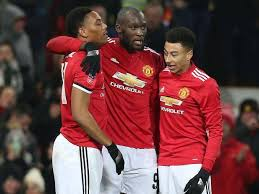 Manchester United Manchester United Strike Late Through Lingard And Romelu