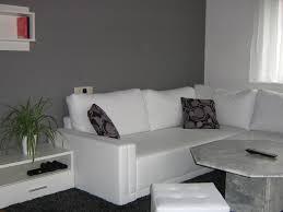 wohnzimmer einrichten grau grün rheumri com