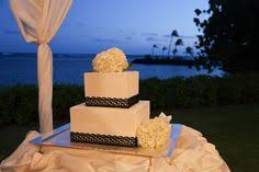 a lawn wedding with a view take me to hawaii to get married