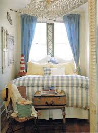 Beach Cottage Bedroom Ideas by Best 20 Beach Bedroom Colors Ideas On Pinterest Beach Color