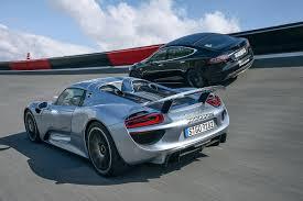 Drag Race Tesla Model S P85d Vs Porsche 918 Spyder Youtube