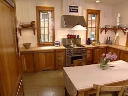 What Color To Paint Kitchen by Painting Your Kitchen For Resale Diy