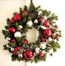 how to decorate a wreath welcoming handmade wreath ideas you can to