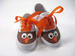 thanksgiving baby thanksgiving picture ideas turkey shoes