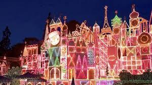 Christmas Decorations In The Shops by Festive Holidays U0026 Christmas Celebration Disneyland Resort