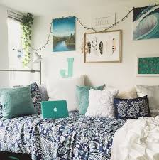 college bedroom decorating ideas best 25 college bedrooms ideas on college dorms