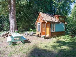 the micro cabin in roberts creek 2 minute vrbo