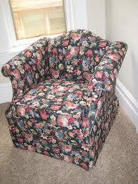 Custom Slipcovers By Shelley Filipino Designers Have Created Chair Vito Selma Paisley Pink