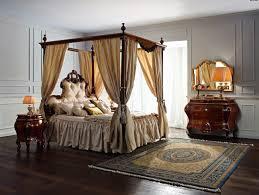 letto matrimoniale a baldacchino legno eleganti letti a baldacchino idee pratiche