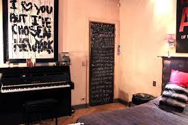 deco porte chambre decoration de porte de chambre maison design bahbe com