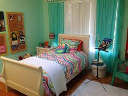 artsy ways to hang kids room curtains for teen attach with