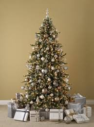 christmas decorations ideas 20 best christmas decorating ideas tips for stylish