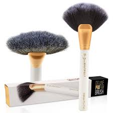 Gifts For Makeup Artists Amazon Com Top Selling Pro Fan Makeup Brush On Amazon