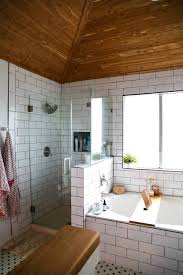 Remodeling A Small Bathroom On A Budget Bathroom Interior Small Bathroom Ideas Double Bathroom Lighting
