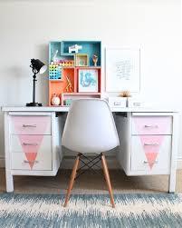 customiser un bureau en bois diy déco repeindre un vieux bureau en métal bureaux en métal