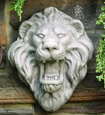 roaring lion statue lion sculptural wall plaque statue