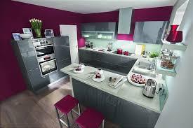 cuisine couleur aubergine cuisine couleur aubergine grise idee amenagement jpg 760 508 et
