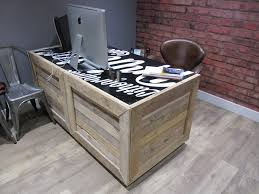 Diy Pallet Desk Collection Of Solutions Pallet Desk For Upcycled Sewing Table As A