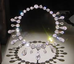 image necklace images Necklace wikipedia jpg