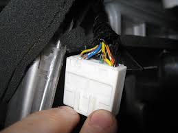 nissan pathfinder backup camera nissan pathfinder le i need to tie the reverse wire from the