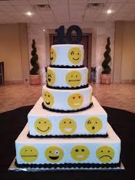 wedding cake emoji emoji cake cake by sweetsnmore cakes emoji cake