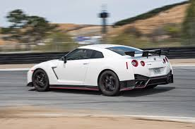 nissan supercar 2017 nissan gt r nismo 11th place 2017 motor trend best driver u0027s car