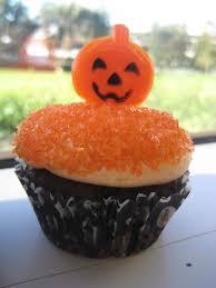 Halloween Pumpkin Cakes File Halloween Cupcake With Organge Sprinkles And Pumpkin Jpg