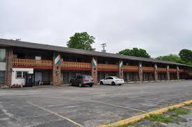 Barn Again Lodge Kewanee Motor Lodge Il Booking Com