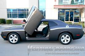 Dodge Challenger 2009 - dodge challenger 2009 2010 vertical lambo door kit vdcdchal08