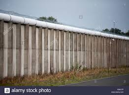 Roof Razor by Hmp Maze Prison Stock Photos U0026 Hmp Maze Prison Stock Images Alamy