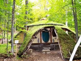 Treehouse Camping Quebec - les toits du monde non traditional lodgings nominingue lodging