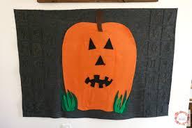 countdown to halloween calendar a glimpse inside felt halloween advent calendar