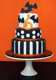coolest homemade 3 tiered spooky halloween birthday cake