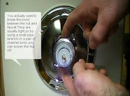 Repair Delta 1700 Series Shower Faucet Best 25 Shower Faucet Repair Ideas On Pinterest Painted