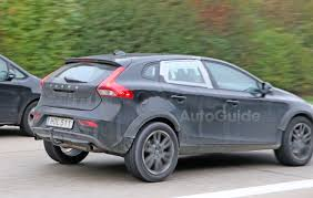 2017 volvo xc40 mule spied testing