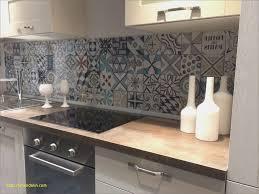 carrelage ciment cuisine carrelage ciment cuisine cheap plan cuisine en quartz noir brillant