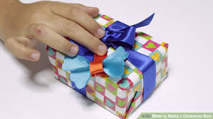 christmas wrapping bow 3 ways to make a christmas bow wikihow