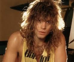 young male actor floppy hair 1980s 1980s hairstyles for men big hair and rock stars the lifestyle
