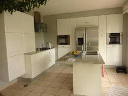 coloris cuisine modele cuisine blanc laque cuisine contemporaine en laque