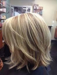 putting layers in shoulder length hair best 25 medium layered hairstyles ideas on pinterest medium