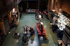 pin up motorcycle garage cool workshops idiya workshop design